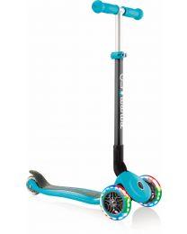 Globber Primo Opvouwbare step Met 3 Wielen in het Pastel Turquoise